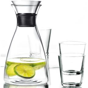 Eva Solo Karaffelsæt med 4 glas - køb til fast lav pris - Lomax A/S