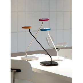 Luxo Trace bordlampe med USB oplader - Grå