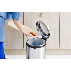 Brabantia Pedalspand 20 L, windsor red