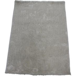 Easy Cozy elfenben tæppe, Ø 80 cm.
