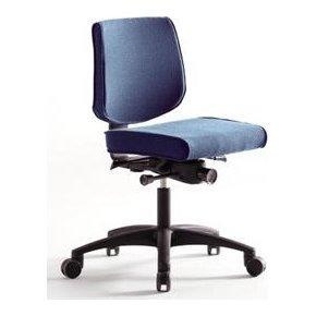 RBM 615 kontorstol med sort stel blå oxford