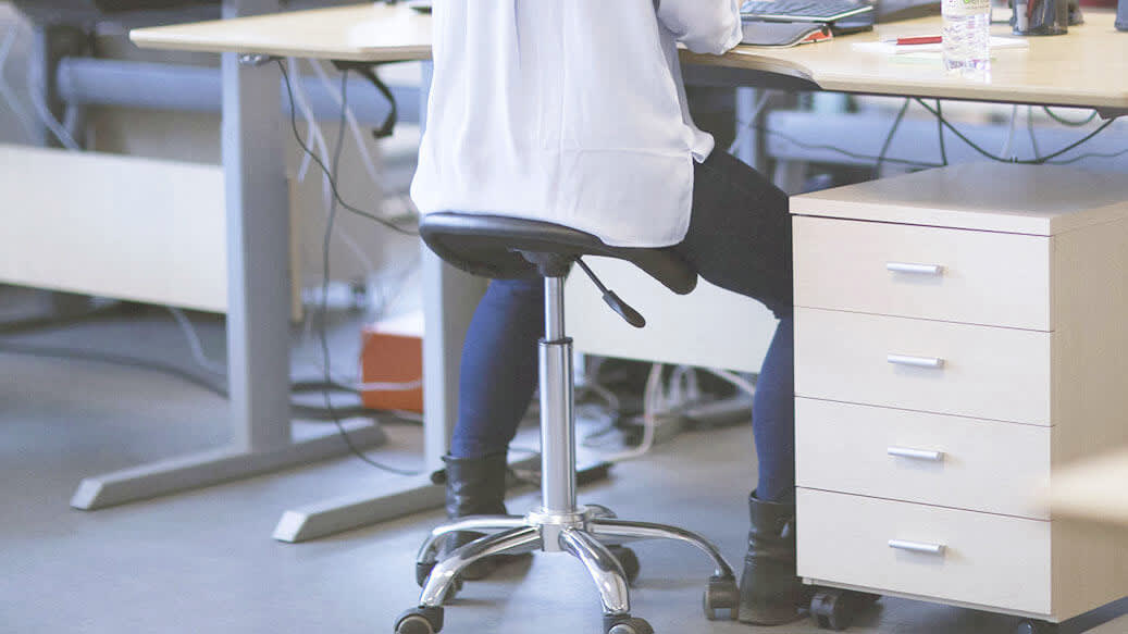 Fordelene ved en sadelstol