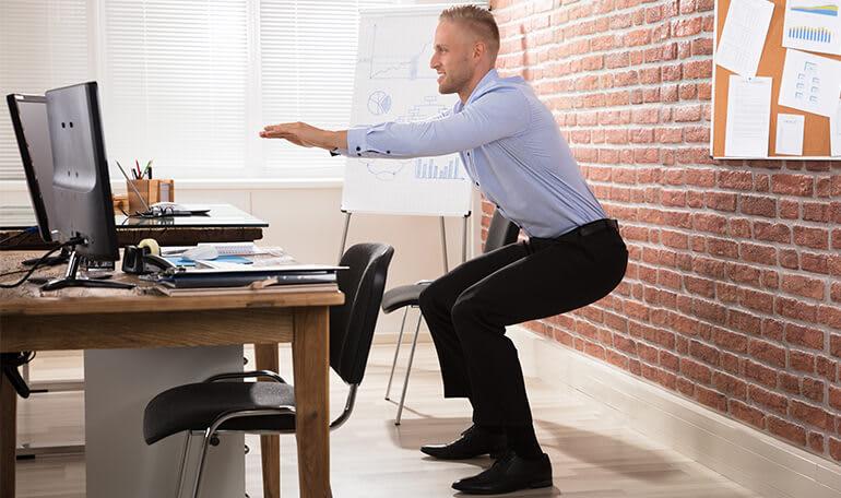 Mand laver squats