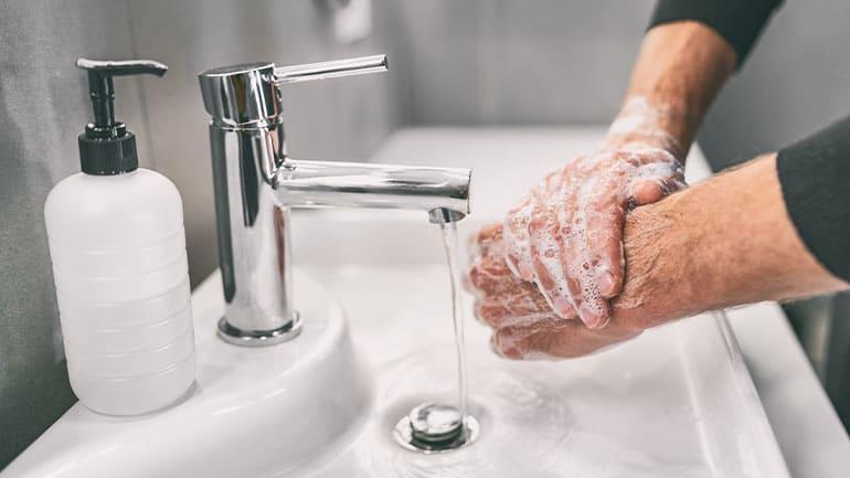 Håndhygiejne: Hvad virker i kampen mod coronavirus