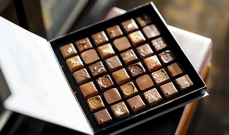Æske med chokolader