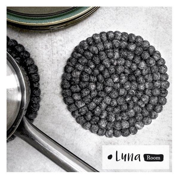 Gave: Bordskåner sæt - grå