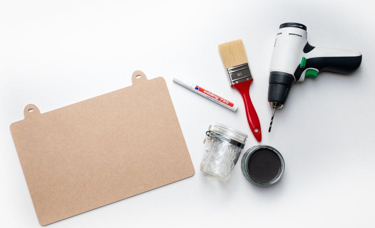 Edding 750 Paint Marker, sort