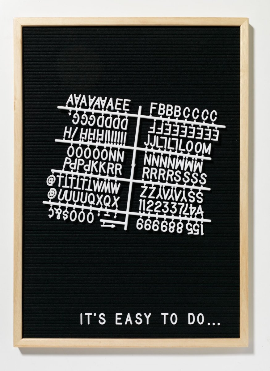 Naga Letterboard inkl. 149 tegn, 40x50 cm