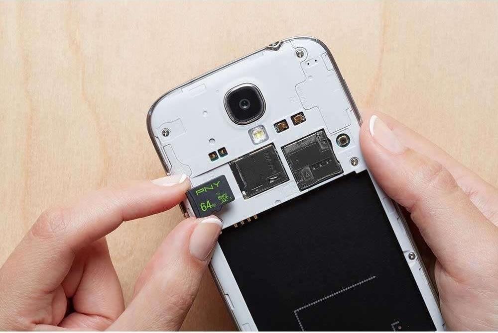 Micro SDXC High Performance 64GB Class10 m/adapter