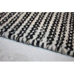 Pilas tæppe, 190x290 cm., sort